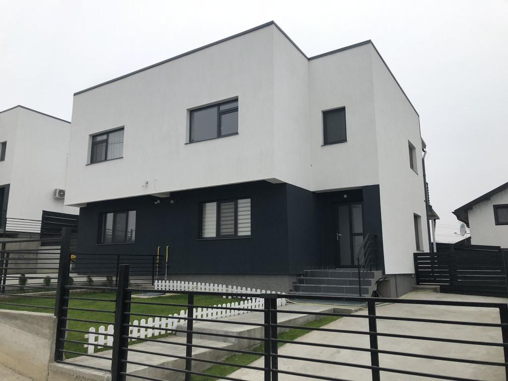 Casa 4 camere, 250 mp teren, CANALIZARE, zona Rediu