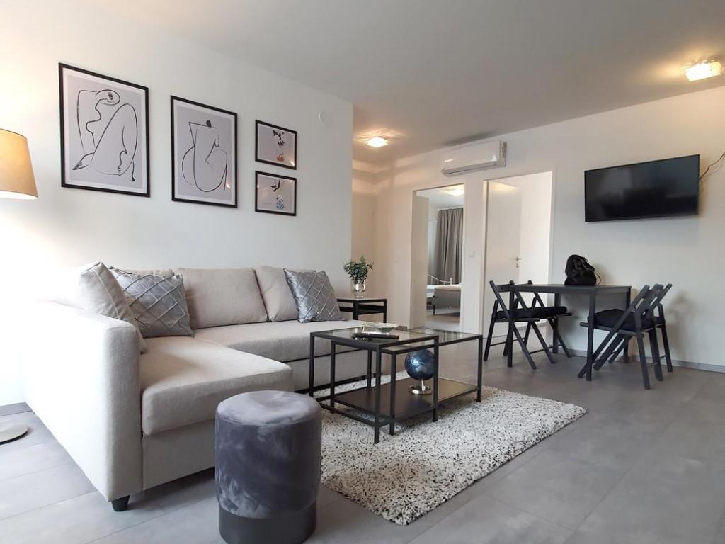 https://www.partener-imobiliare.ro/ro/vanzare-apartments-2-camere/iasi/comision-0-apartament-2-camere-65-mp-copou-stadion_539