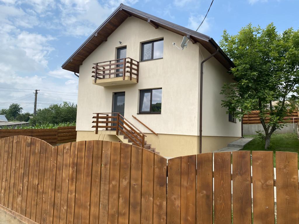 https://www.partener-imobiliare.ro/ro/vanzare-houses-villas-4-camere/valea-lupului-iasi/500-mp-teren-la-asfalt-canalizare-vila-popas-pacurari-valea-lupului_630