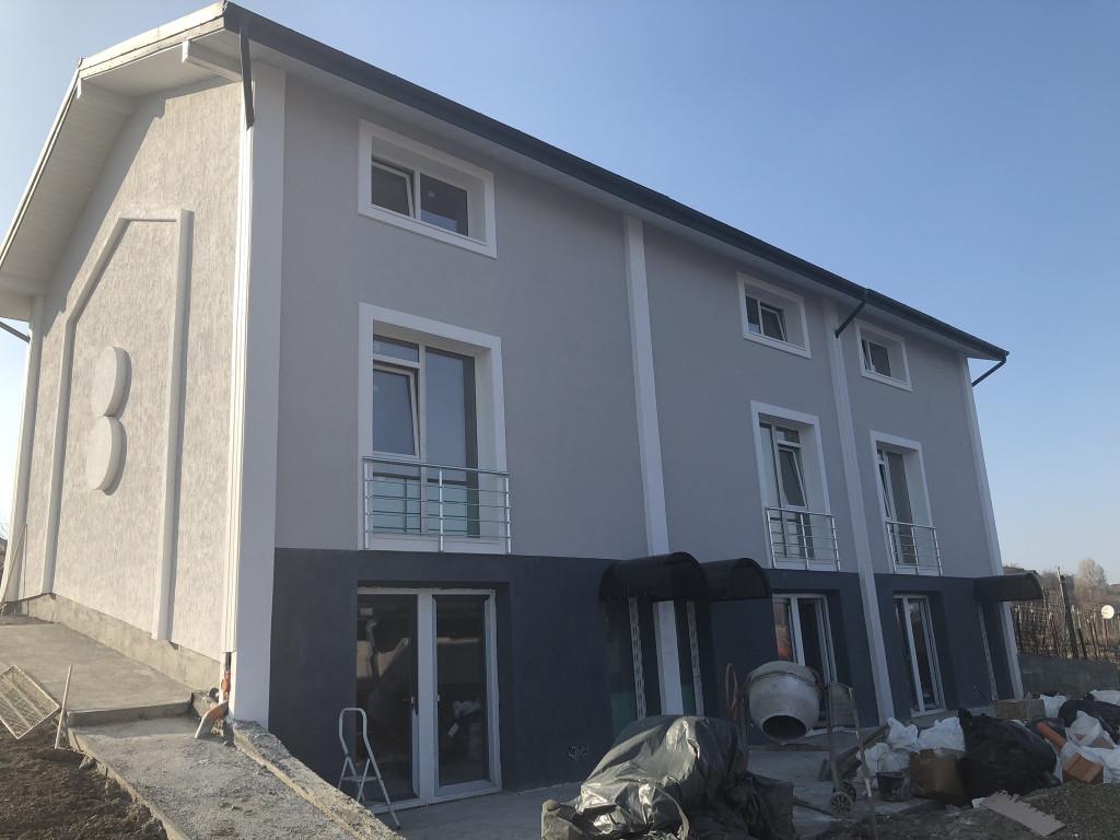 https://www.partener-imobiliare.ro/ro/vanzare-houses-villas-3-camere/rediu-iasi/canalizare-garaj-vila-3-camere100-mp-utili-rediu-valea-lupului_977